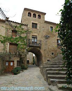 Madremanya. Pueblos con encanto. Pueblo medieval. Baix Empordà. Escapada rural. Costa Brava. Girona. Lugares con encanto. www.caucharmant.com