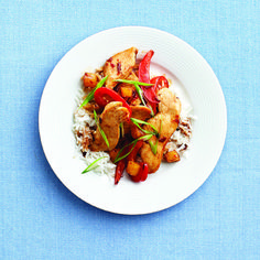 Add some kick to your dinner with this Sweet & spicy chicken stir-fry recipe from Chatelaine.com