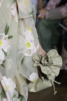Simone Rocha Spring 2017 Ready-to-Wear Accessories Photos - Vogue