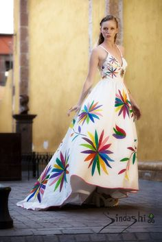 Mexican Style Dresses, Mexican Outfit, Silk Dress Design, Mexican Fashion, Boho Fashion, Fashion Outfits, Funky Outfits, Fashion Painting, Embroidery Dress