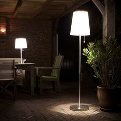 Solar buitenverlichting 176cm LED tafel lamp Roots No.5