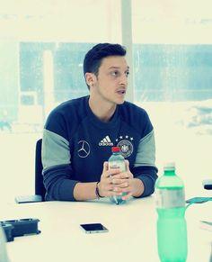 #MesutOzil  #DFBTeam #euro2016