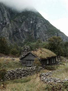 The cottage | The North Realm