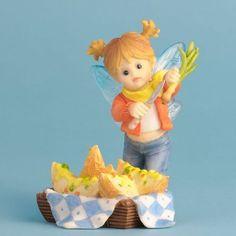 Enesco My Little Kitchen Fairies Potato Skins Fairie Figurine, 4-Inch Enesco http://www.amazon.com/dp/B008MRRPAQ/ref=cm_sw_r_pi_dp_W.9cxb0VFT37S