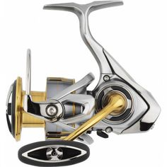 Κατασκευασμένο από Carbon DS5 ο μηχανισμός ψαρέματος Freams Lt της Daiwa είναι ένα διαμάντι στα χέρια σας. Αναλόγως την πομπίνα του σε μέγεθος είναι κυρίαρχος μηχανισμός ψαρέματος για Spinning, Jigging ή για ψάρεμα από την βάρκα. 2000s, Seal, Vehicles, Spider, Car, Harbor Seal, Vehicle, Tools
