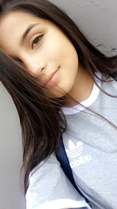 Sammy Sammy The Late Tardy Cute Girl Photo, Cute Baby Girl, Mode Instagram, Mother Art, Fake Girls, Selfie Poses, Girls Selfies, Insta Photo Ideas, Teenager Outfits