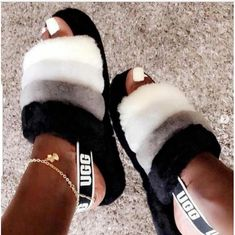 51 trendy birthday outfit for teens schools ugg boots Cute Uggs, Ugg Boots, Shoe Boots, Fluffy Shoes, Ugg Sandals, Sandals Outfit, Ugg Slippers, Bedroom Slippers, Aesthetic Shoes