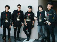 Que guapos estan ❤️