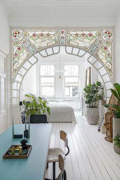 Design Art Nouveau, Art Nouveau Interior, Deco Design, Art Nouveau Bedroom, Art Nouveau Architecture, Glass Design, Design Trends, Casa Art Deco, Art Deco Home