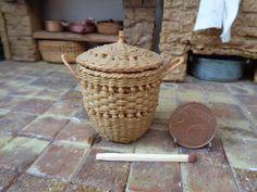 Dollhouse Miniature wicker basket with wood 1:12 for dollhouse, Miniature wicker, Miniature backet