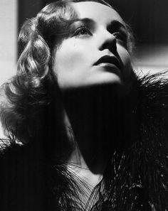 Carole Lombard, Ted Tetzlaff lighting & photography