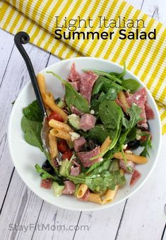 Summer is finally here and it doesnt even feel like it! Are you sick of hearing all us west coasters talk about the unu. Macro Meals, Macro Recipes, Photo Food, Lentil Pasta, Italian Salad, Italian Summer, Healthy Side Dishes, Recipe For Mom, Summer Salads