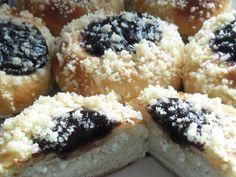 Z mojej kuchyne - Moravské koláče - Album používateľky laja77 - Foto 7 Doughnut, Bread Recipes, Sushi, Food And Drink, Cupcakes, Ethnic Recipes, Sweet, Loaf Recipes, Cupcake