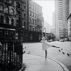 Dane Shitagi's elegant twist of photography, dance, and New York City in The New York City Ballerina Project presents a new perspective on balance. Ballerina Dancing, Ballet Dancers, Street Magic, Ballerina Project, City Landscape, Dance Photos, Dance Pictures, Dark Souls, The Magicians
