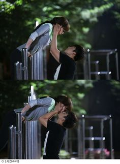 """Seo In Guk surprises Lee Ha Na with a sweet kiss in """"High Schooler King of Life"""""""