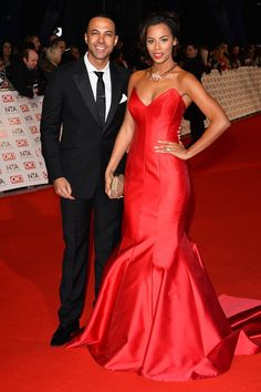 The National Television Awards will be held in London tonight. Everyone who is anyone will be at the bash, dressed in their finest red carpet glam. Strapless Dress Formal, Formal Dresses, Awards 2017, Hello Gorgeous, Red Carpet Fashion, Runway Fashion, Dress Red, Celebrities, Fabrics