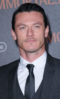 Luke Evans at event of Immortals