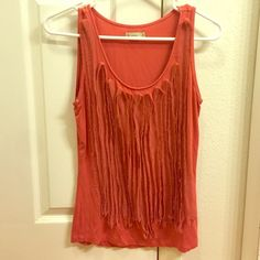 Unique coral tank Adorable tank top. Size xs but I believe will fit small as well. Cremieux Tops Tank Tops