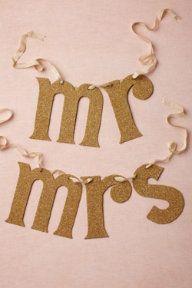 BHLDN - Pretty Wedding Inspiration from Decor to Dresses Wedding Signs, Diy Wedding, Wedding Reception, Dream Wedding, Wedding Day, Bhldn Wedding, Wedding Wows, Sequin Wedding, Glitter Wedding