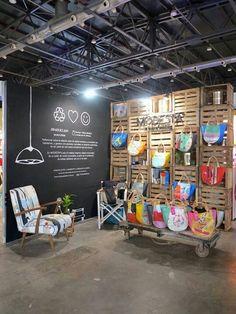 Shop display design, trade show booth design, bag display, display wa Display Design, Design Shop, Trade Show Booth Design, Bag Display, Display Wall, Pallet Display, Stall Display, Wall Design, Interactive Exhibition
