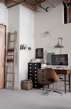 HOME OFFICE Craft space/ work space! Rustic Home Office Space invensys rail office design Workspace Inspiration, Interior Inspiration, Design Inspiration, Design Ideas, Interior Ideas, Daily Inspiration, Creative Inspiration, Interior Styling, Travel Inspiration
