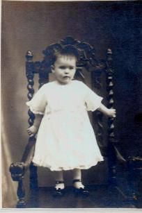 Vintage Photo Young girl abt 1916