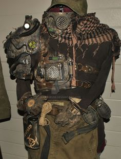 wasteland cyborg leather outfit by Lagueuse on DeviantArt Post Apocalyptic Costume, Post Apocalyptic Art, Apocalyptic Fashion, Mad Max, Halloween Costumes For Kids, Halloween Party, Fallout, Outdoor Party Outfits, Apocalypse Costume