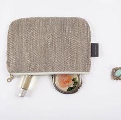 Small Grey Linen Purse, Coin Purse, iPhone Case, Woman Purse, Phone Case, Small Makeup Bag, Small Cosmetic Bag Small Travel Bag Zipper Pouch