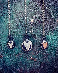 Dobrého je málo II. / bora_jewellery - SAShE.sk Arrow Necklace, Pendant Necklace, Jewellery, Boho, Jewels, Schmuck, Bohemian, Drop Necklace, Jewelry Shop