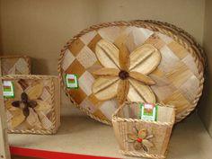 Artesanato feito com Palha de Bananeira - Nova União  Acervo Circuito Serra do Cipó