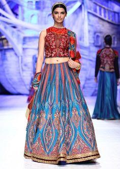 JJ Valaya collection at Bridal Fashion show 2013 at Delhi 07