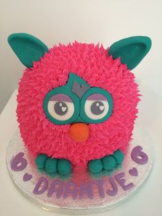 Fayelicious: Furby Cake with Royal Icing