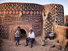 Gourounsi Painted House. Burkino Faso