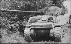 Sherman Firefly - spare wheels stowed