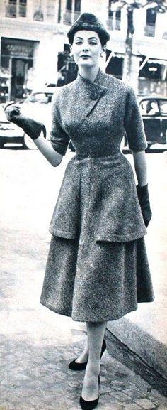 1955 Tweed short-sleeved coat dress by Carven. Margriet