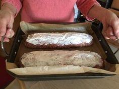 Recept na fantastickou plněnouroládu z mletého masíčka: Bez vajec, soli, strouhanky a drží perfektně! - Strana 2 z 2 - EZY - Víme jak Hot Dog Buns, Hot Dogs, Bread, Brot, Baking, Breads, Buns
