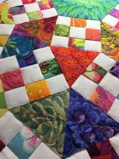 Isn't this fabulous! and even better it's a raffle fundraising quilt by the Cut-Ups, a Houston based Quilting bee. So if you are in Houston you can purchase your tickets and possibly …