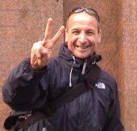 Aldo Rock New York Marathon, Aldo, Peace, Icons, Rock, Symbols, Skirt, Locks, The Rock