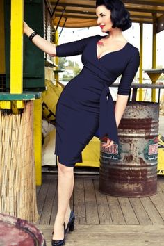 Midnight Blue Hourglass Pencil dress with 3/4 sleeves -- This would look good on me in a slightly different shade. #newyearstylechallenge