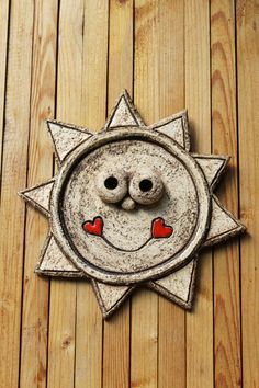 Sluníčko / Zboží prodejce Keramika Pod liščí strání   Fler.cz Sculpture Clay, Paper Mache, Zentangle, Workshop, Pottery, Spring, Crafts, Sun Moon, Necklaces