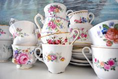 Love these teacups...So Pretty... Vintage table settings... Vintage Emporium Rentals.com. For all your vintage rental needs. Hire one of our visual display team to help pull your wedding ideas together.. Contact us today..