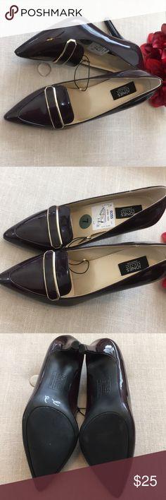 🆕 Jones New York Danae Patent Pumps These exquisite Chocolate Wine Jones New York Danae Patent Heels are brand new with tags. No box. Size is women's 7. These are absolutely gorgeous shoes in a rich sophisticated color! Snag them while you can! Offers always welcome. Jones New York Shoes Heels