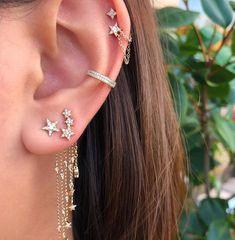 Conch Ear Cuff Silver and Black Dragonfly Wings/ ohr faux piercing/ ohrklemme ohrclip/cartilage cuff/ear jacket manschette/fake false pierce - Custom Jewelry Ideas Tragus Piercings, Pretty Ear Piercings, Helix Piercing Jewelry, Cartilage Piercings, Cartilage Earrings, Ear Jewelry, Cute Jewelry, Jewelry Ideas, Body Jewelry