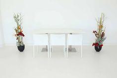 """Tisch """"exklusiv"""" weiß in Kombination mit den Stühlen """"Vita"""" in weiß"""