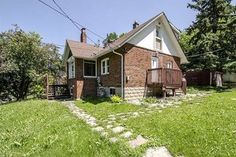 Duplex+-+4+2+bedroom(s)+-+Toronto+-+$998,000 Ontario, Toronto, Shed, Outdoor Structures, Cabin, Landscape, Bedroom, House Styles, Places