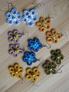 Ravelry: Project Gallery for Flower earrings pattern by Middia