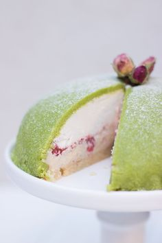 Raw Swedish princess cake