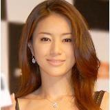 画像:サントリー 角 | 【角ハイボールも】これぞ大人の色気?井川遥さんの出演CMまとめ【ekワゴンも】の1枚目 | LAUGHY [ラフィ] World Most Beautiful Woman, Beautiful Person, Beautiful Asian Women, Japanese Beauty, Asian Beauty, Prity Girl, Sexy Asian Girls, Beautiful Actresses, Pretty Face