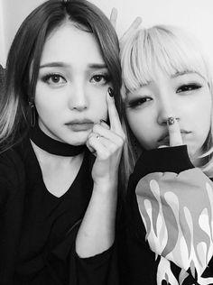Pony Park hye min make up ♥ ♥ Park Hye Min, Pony Korean, Pony Makeup, Ninja Girl, Long Gray Hair, Korean Make Up, Korean Beauty, Beauty Trends, Ulzzang