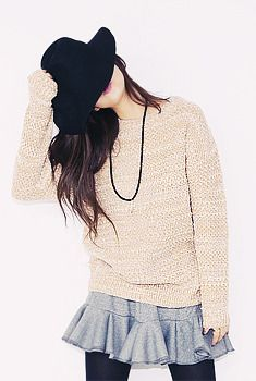 Today's Hot Pick :Marled Loose Sweater http://fashionstylep.com/SFSELFAA0006256/aurajen/out Being fashionable is best experienced with comfy clothing. This loose fit marled pullover sweater offers you both style and comfort. Best when used with a fit and flare skirt or tonal stitched skinny trousers and matched with ankle boots. - Marled - Crew neck - Long sleeves - Banded cuffs and hem - Loose fit - Available Colors: Beige, Black, Red